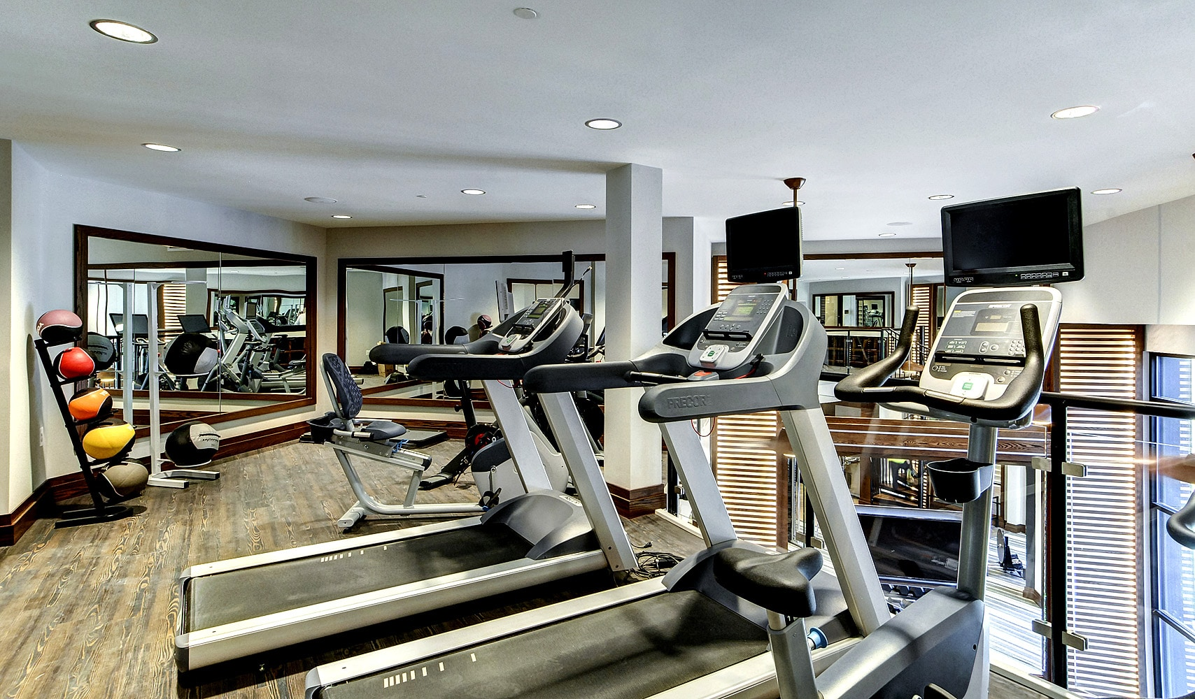 fitness center-Maybrook luxury apartments on main line_DSC2262_4_6 web