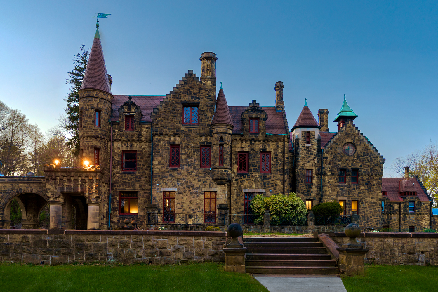 Maybrook Mansion - Exterior Dusk