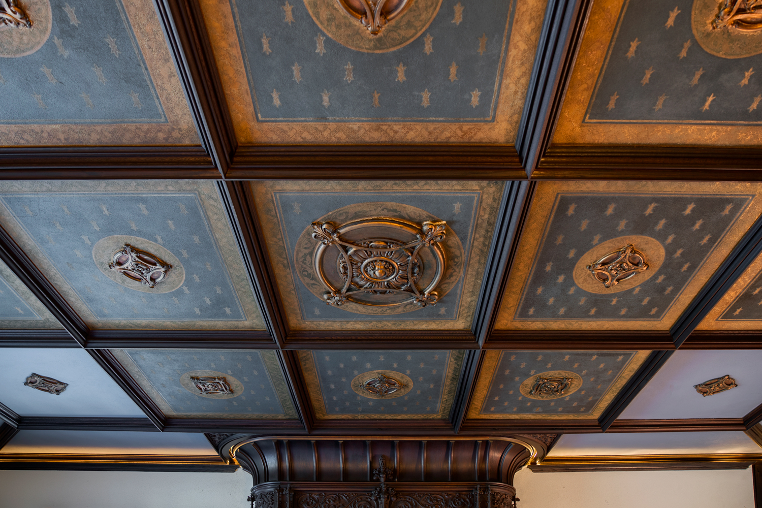 Maybrook Mansion - parlor ceiling detail